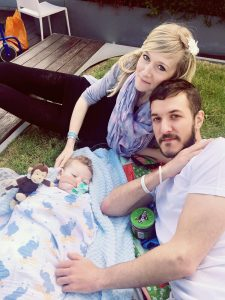 Charlie Gard picnic Great Ormond St Hospital